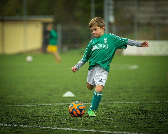 bramka do piłki nożnej dla dziecka
